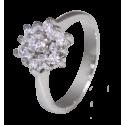 Anillo modelo rosetón en doble altura en oro blanco de 18 quilates y diamantes blancos talla brillante
