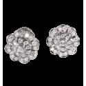 Pendientes de Orla en oro blanco con diamantes blancos talla brillante. Cierre omega