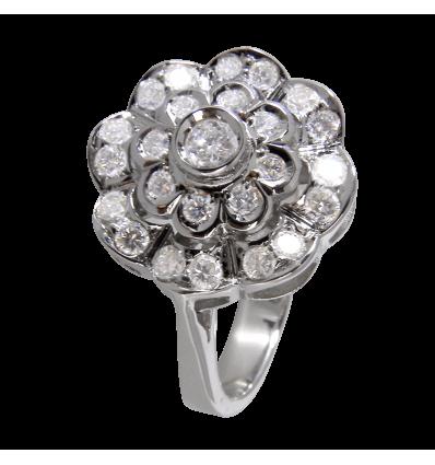 Anillo de Orla en oro blanco con diamantes blancos talla brillante