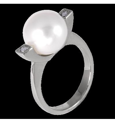 Anillo en oro blanco de la Colección Nunet con diamantes blancos talla brillante y perla Australiana esférica